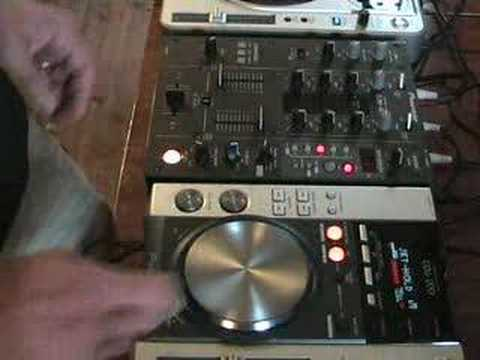 DJ Tutorial. Using the echo feature on a DJ mixer.