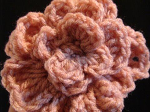 Crochet Geek - Slinky Crochet Flower