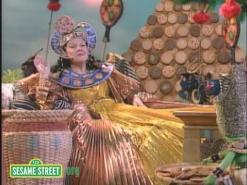 Sesame Street: Marilyn Horne Sings C Is For Cookie