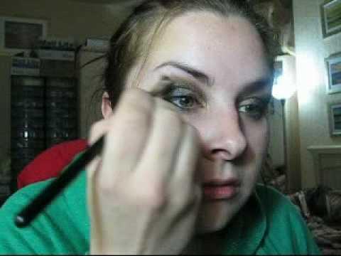 HOT ARABIC EYES w/ gold,deep blue green MAC make up