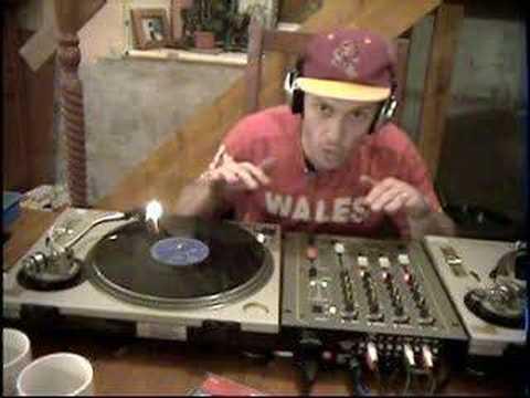 DJ help , mix with only headphones