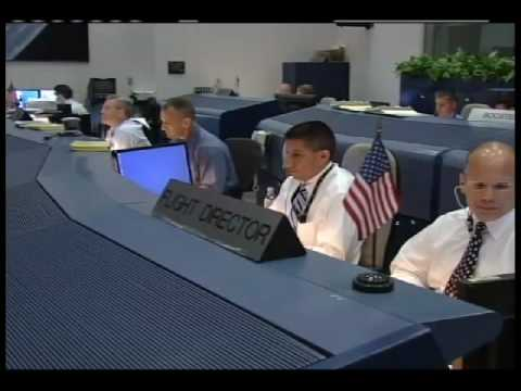 Ascent Team Helps Shuttle Crew into Space