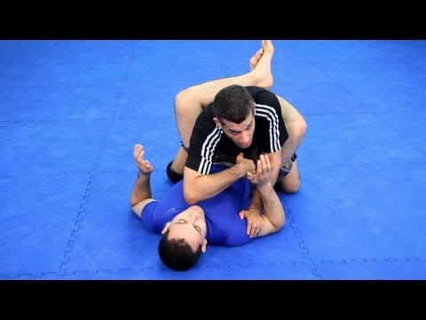 Striking Past the Guard | MMA Fighting Techniques
