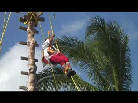 Ritual ceremony of the Voladores