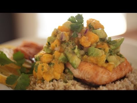 Broiled Salmon Recipe w/ Papaya & Avocado Salsa (How to Make It) || KIN EATS