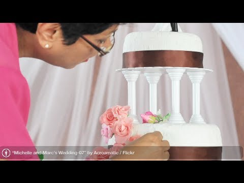 Wedding Cake: What to Consider When Comparing Wedding Cakes