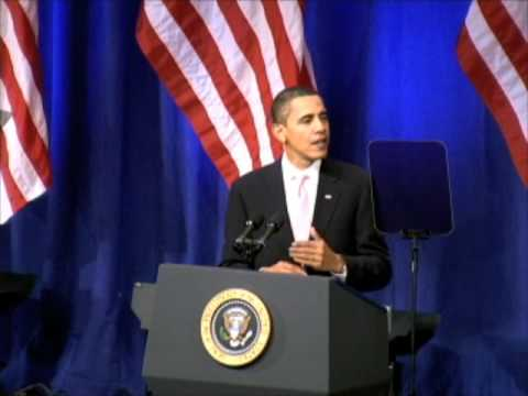 Obama touts clean energy in MIT speech