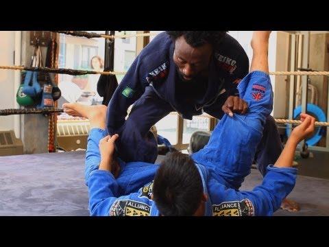 Passing De La Riva Guard | Brazilian Jiu Jitsu