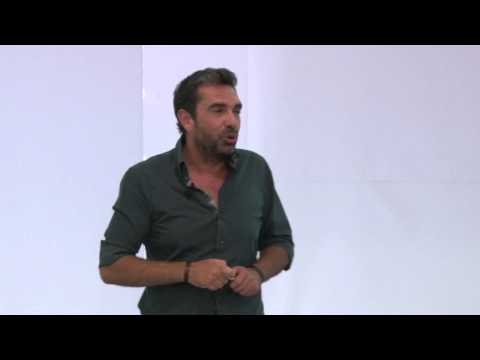 Robots sociales open-source: Francisco Paz at TEDxGranVia
