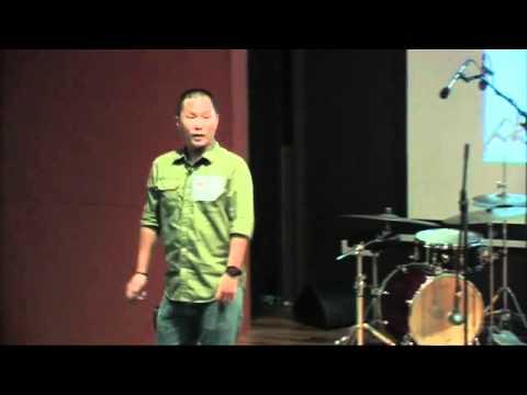 TEDxNUS - Simon Siah - Bompton Cycles and the Magic of Fold-able Wheels