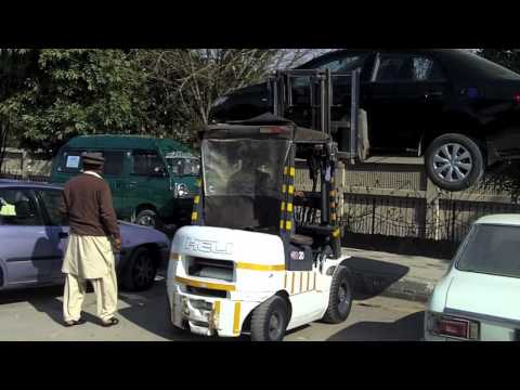 The World: Parking Enforcement in Pakistan