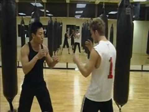 Wing Chun - Distance Fighting - Punch Drill (basics)