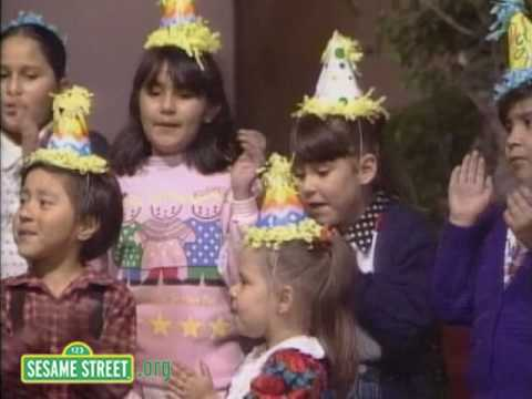 Sesame Street: New Year's in Mexico