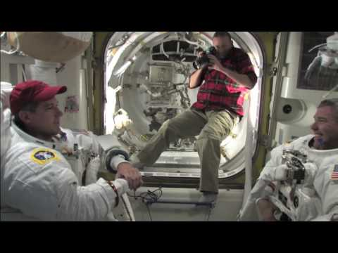 Shuttle Crew Focused