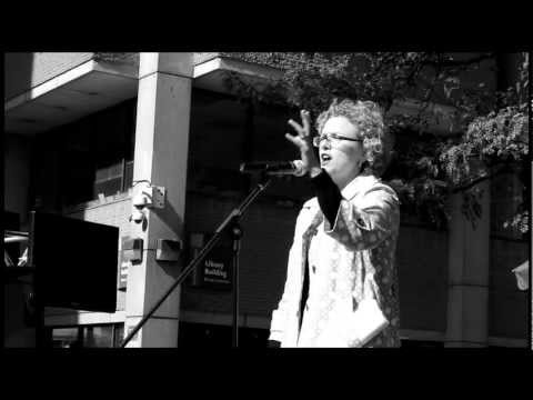 TEDxRyersonUSalon: Julia Hanigsberg - Community and City Building