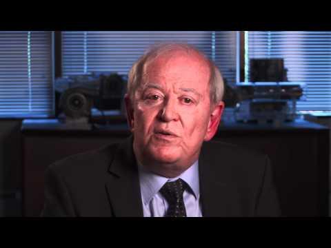 Technology Pioneer 2012 - Peter Hofbauer (EcoMotors International)