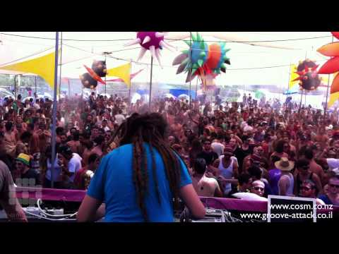 Tom Cosm Live @ Groove Attack israel 2011