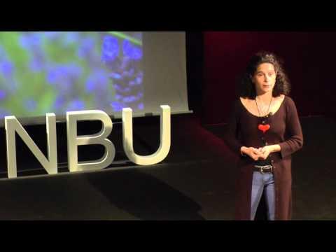 TEDxNBU - Dessislava Boshnakova - How to learn to love