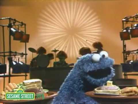 Sesame Street: Cookie Monster Sings 'Hey Food'