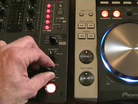 Video 2 The in loop sampler on the DJM-400 DJ mixer.