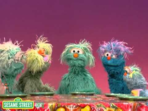 Sesame Street: Rosita's Family Feast