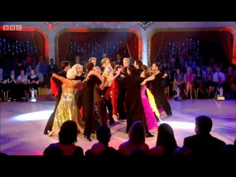 Professional dancers' tango - Strictly Come Dancing - BBC