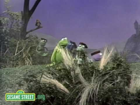 Sesame Street: Frogs in the Glen