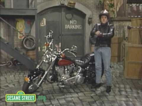 Sesame Street: Jay Leno Prepares for a Ride