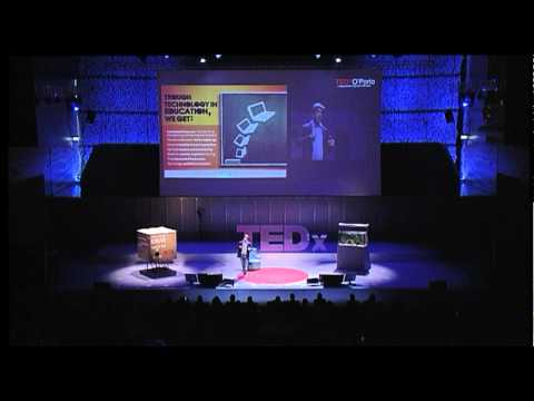 TEDxO'Porto - Joice Fernandes - Shaping the future with technology