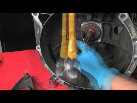 Replacing a BMW Self-adjusting Clutch & Dual-mass Flywheel Part 2 of 2