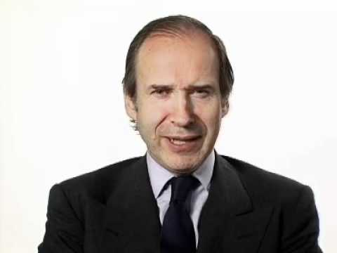 Simon de Pury: Who are you?