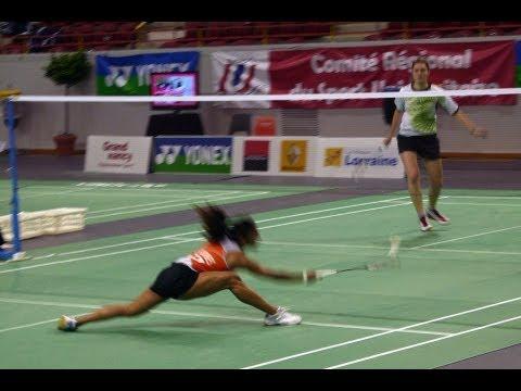 Smash Shot   How to Play Badminton