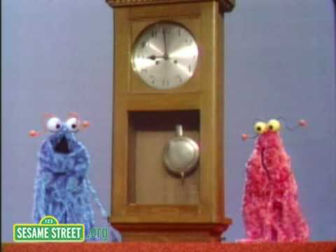 Sesame Street: Martians Meet A Clock