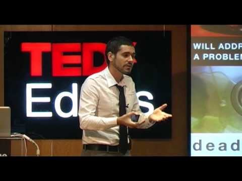 TEDxEdges - Mário Silva - Changing the Paradigm of Recycling
