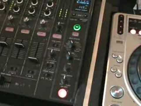 Pioneer CDj-800 and DJM-800 echo, flanger  video 4