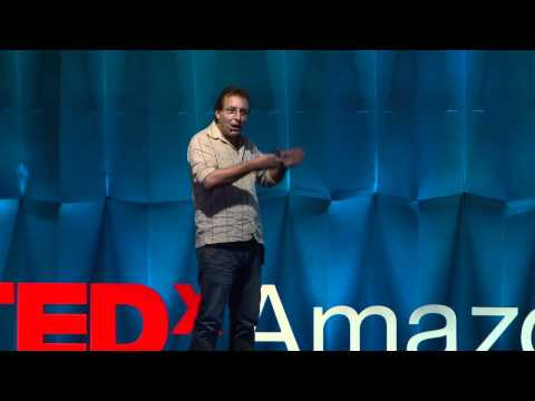 TEDxAmazonia - André Soares talks about crap - Nov.2011
