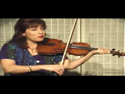 Violin Lesson - Song Demonstration - Canon in D (Ph. 6)