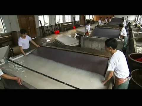 The traditional handicrafts of making Xuan paper