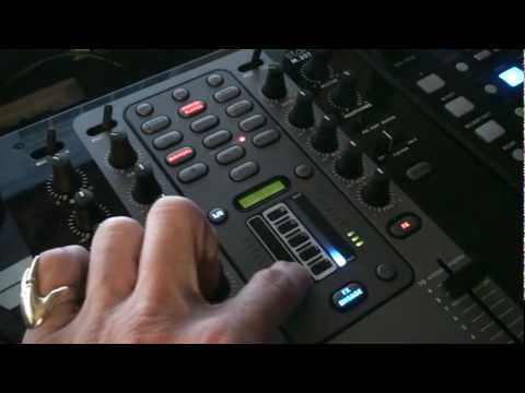 Stanton M.207 Scratch Mixer With Effects... A look at the touch sensitive pad