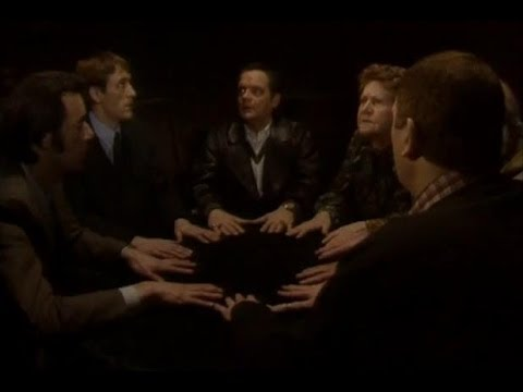 Seance in the Nag's Head - Only Fools and Horses - BBC