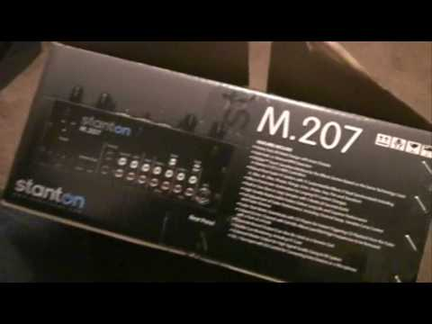Stanton M.207  2-Channel Scratch Mixer with Effects