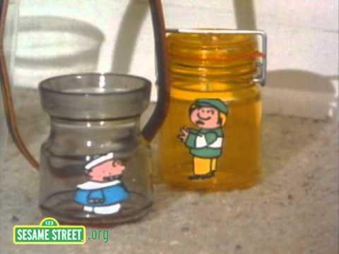 Sesame Street: Cooperation Swing