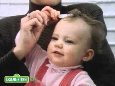 Sesame Street: Fixing My Hair