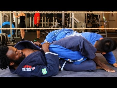 Omoplata / Shoulder Lock Using Legs | Brazilian Jiu Jitsu