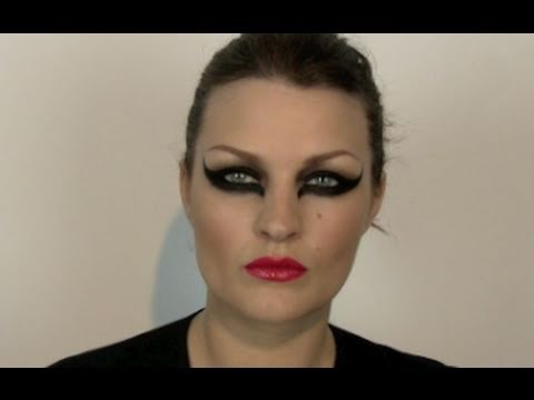 ULTIMATE WINGED EYE MAKE-UP TUTORIAL