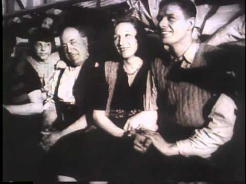 Nazi Exodus From Rome (1944)