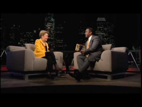 TAVIS SMILEY | Guest: Mary Higgins Clark | PBS