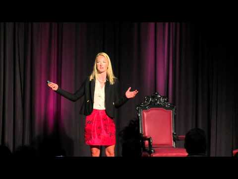 TEDxXAVIERUNIVERSITY - Elizabeth Edwards - Startups Aren't Just for California