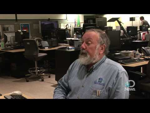 Tsunami Warning Center Uses Top Technology