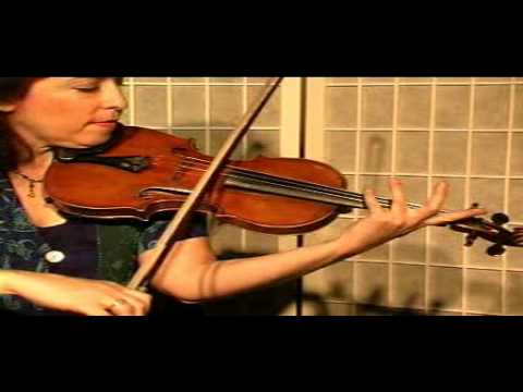 "Violin Lesson - Song Demonstration  - ""What Child Is This"" Greensleaves"